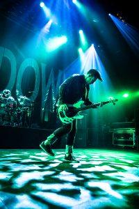 Shinedown 19